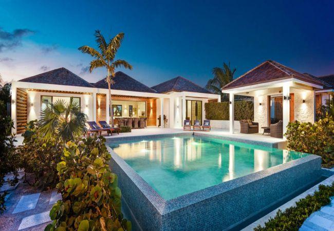 Long Bay - Villa